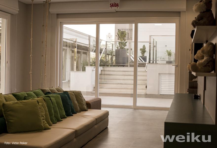 janelas-portas-pvc-weiku-brinquedoteca-esquadrias